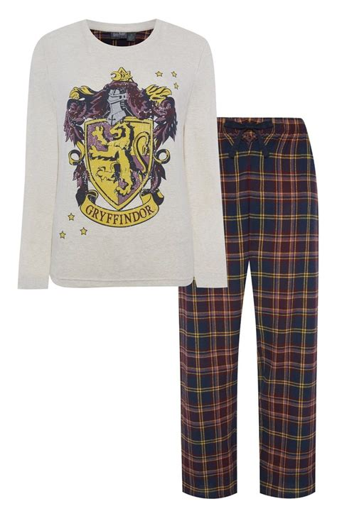 A Comfortable And Attractive Gryffindor Sweat Top Pyjama