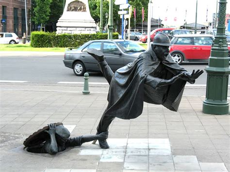 25 Of The Most Creative Sculptures And Statues From Around